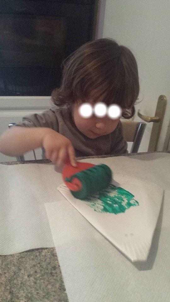 Atelier peinture,thème de Noël,assistante maternelle Villeparisis